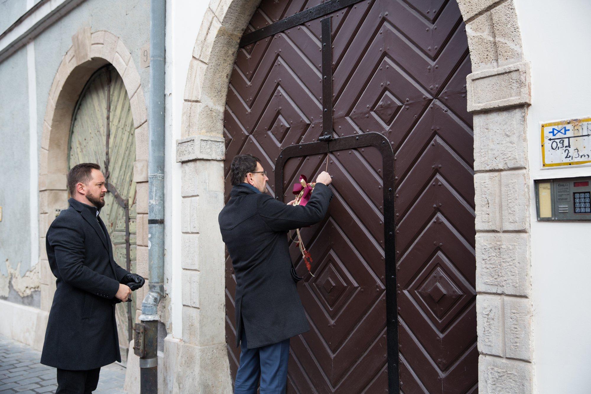 Újabb műemlékházak újultak meg a Budai Várban